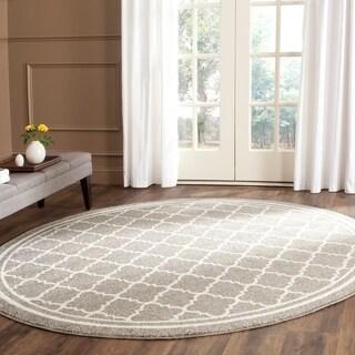 Safavieh Indoor/ Outdoor Amherst Dark Grey/ Beige Rug (5' Round)