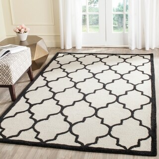 Safavieh Handmade Cambridge Ivory/ Black Wool Rug (9' x 12')