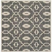 Safavieh Handmade Chatham Dark Grey/ Ivory Wool Rug - 3' square