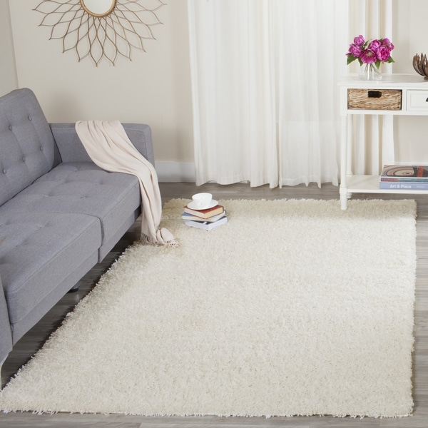 Safavieh Athens Shag Off-white Area Rug (4' x 6')