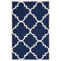Safavieh Handmade Flatweave Dhurries Navy/ Ivory Wool Rug - 10' x 14'