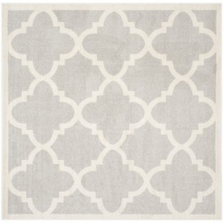 Safavieh Indoor/ Outdoor Amherst Beige/ Light Grey Rug (5' Square)