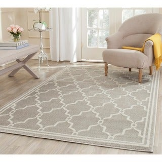 Safavieh Indoor/ Outdoor Amherst Light Grey/ Ivory Rug (9' Square)