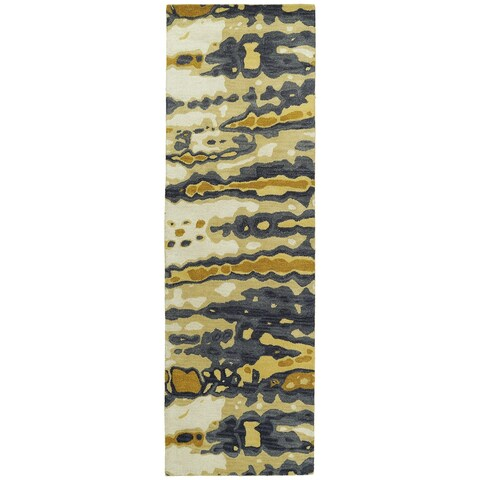 "Hand-tufted Artworks Yellow Tie-dye Rug - 2'6"" x 8'"