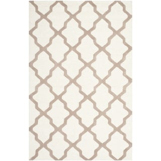 Safavieh Handmade Cambridge Ivory/ Beige Wool Rug (12' x 18')