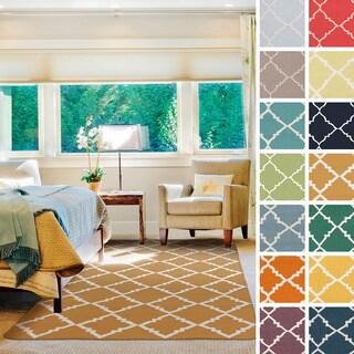Hand-woven Malo Flatweave Wool Rug (8' x 11')