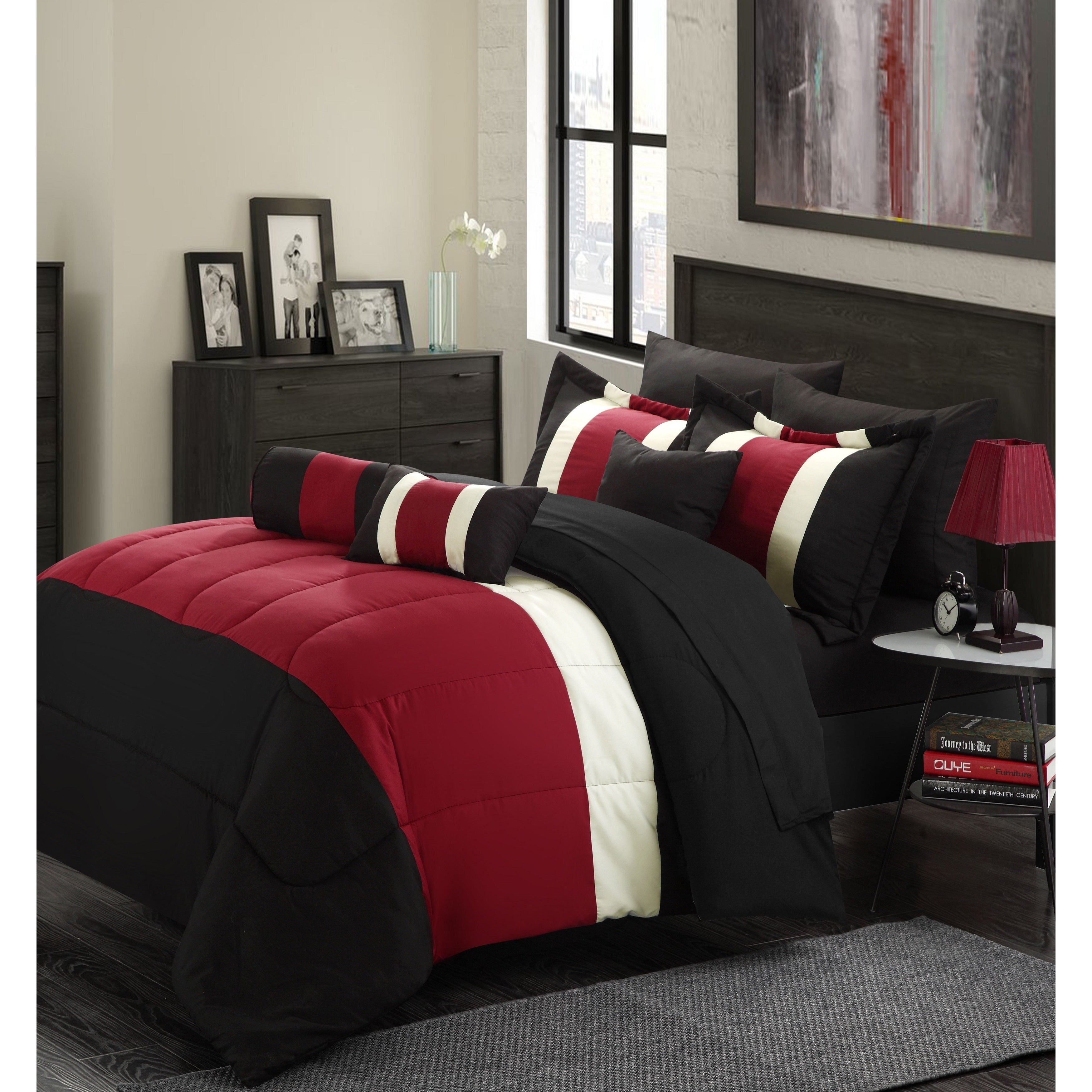 Chic Home Serenity Colorblock Microfiber 10-piece Comforter Set with Sheets