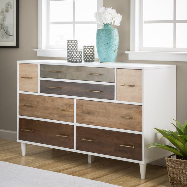 Carson Carrington Christian 8-drawer Dresser