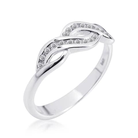 Handmade Gleaming Infinity Symbol Cubic Zirconia .925 Silver Ring (Thailand)