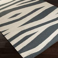 Hand-woven Bradford Wool Accent Area Rug - 2' x 3'