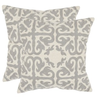 Safavieh Morrocan Light Grey 22-inch Square Throw Pillows (Set of 2)
