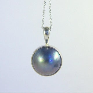 Handmade Sterling Silver 15mm Mabe Pearl Necklace (Indonesia)|https://ak1.ostkcdn.com/images/products/9532942/P16710225.jpg?_ostk_perf_=percv&impolicy=medium