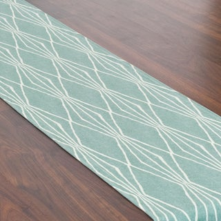 Handcut Shape Design Table Runner