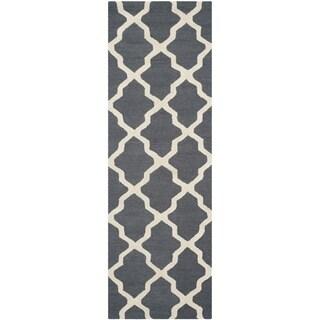 Safavieh Handmade Cambridge Dark Grey/ Ivory Wool Rug (2'6 x 22')