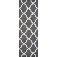 Safavieh Handmade Cambridge Dark Grey/ Ivory Wool Rug - 2'6 x 18'