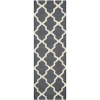 Safavieh Handmade Cambridge Dark Grey/ Ivory Wool Rug - 2'6 x 16'