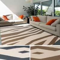Hand-woven Murfreesboro Reversible Wool Area Rug - 5' x 8'