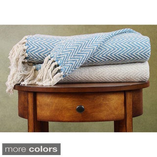 Amrapur Overseas 100-percent Cotton Chevron Print and Solid Throw Blankets (Pack of 2)
