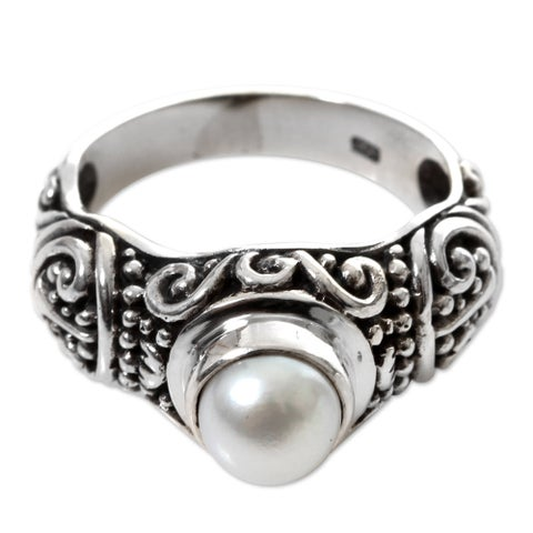Handmade Sterling Silver 'Inspiration' Pearl Ring (7 mm) (Indonesia)