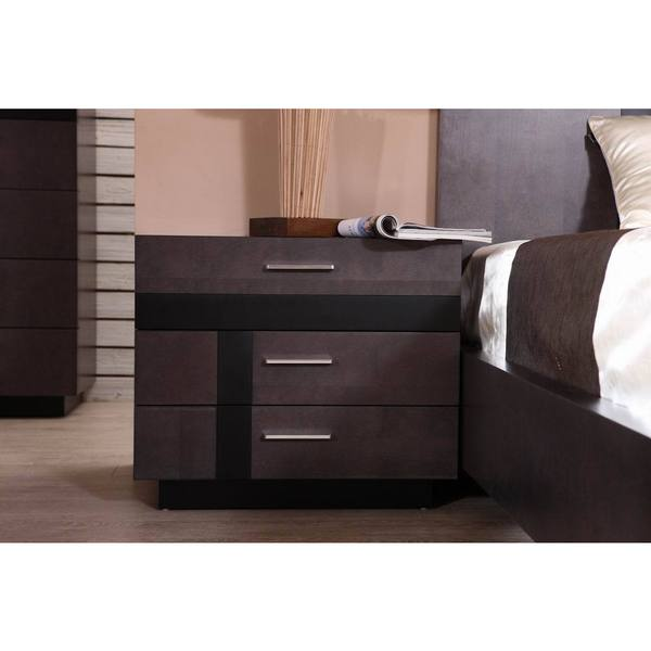 Kendall 3-drawer Nightstand