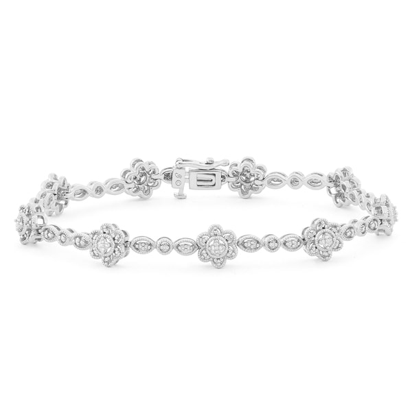 Unending Love Sterling Silver 1/10ct TDW Fashion Bracelet