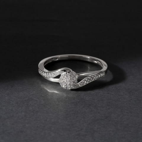 De Couer IGI Certified 10k White Gold 1/8ct TDW Diamond Cluster Fashion Ring