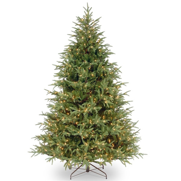 Frasier Grande Hinged 7.5-foot Tree with 1000 Clear Lights. Opens flyout.