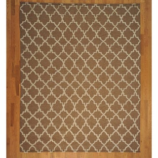 100-percent Wool Moroccan Embossed Pile Rug (7'10 x 9'9)