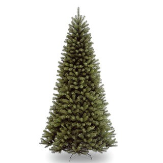 North Valley Spruce Hinged 9-foot Tree