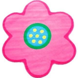 Kids' Light Pink Poppy Accent Rug (3'2 x 3'2)