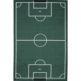 Soccerfield Green Accent Rug (3'3 x 4'8)