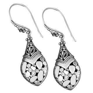 Handmade Sterling Silver 'Rocky Mountain' Cawi Earrings (Indonesia)