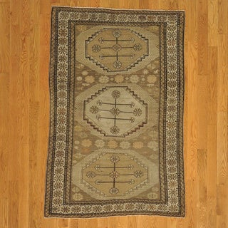 Antique Caucasian shirvan Hand-knotted Rug (3'8 x 5'8)