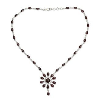 Handmade Sterling Silver Crimson Allure Red Garnet Y Teardrop Necklace (India)