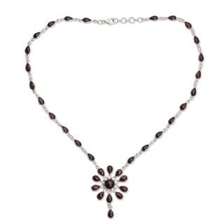 Handmade Sterling Silver Crimson Allure Red Garnet Y Teardrop Necklace (India)