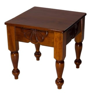 Handcrafted Pinewood 'Nahuala Daisy' Accent Table (Guatemala)