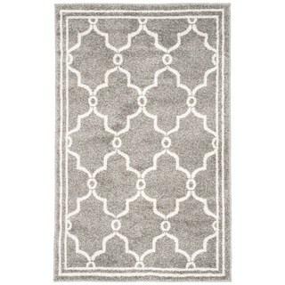 Safavieh Indoor/ Outdoor Amherst Dark Grey/ Beige Rug (3' x 5')