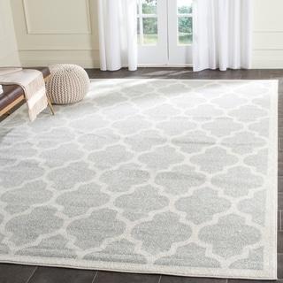 Safavieh Indoor/ Outdoor Amherst Light Grey/ Beige Rug (8' x 10')