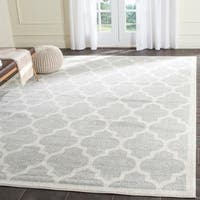 Safavieh Indoor/ Outdoor Amherst Light Grey/Beige Rug (8' x 10')