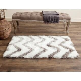 Safavieh Handmade Barcelona Shag White/ Silver Polyester Rug (2'3 x 4')