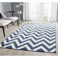 Safavieh Indoor/ Outdoor Amherst Navy/ Beige Rug - 10' x 14'