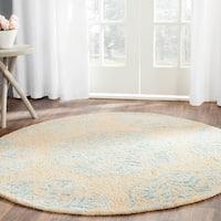Safavieh Handmade Bella Beige/ Turquoise Wool Rug - 5' Round