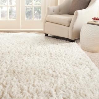Safavieh Handmade Arctic Shag White Polyester Rug (5' x 7'6)