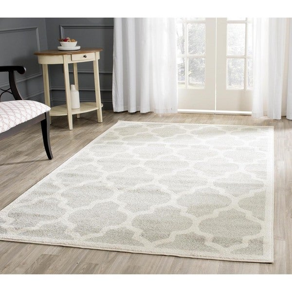 Safavieh Indoor/ Outdoor Amherst Light Grey/ Beige Rug - 9' x 12'