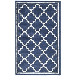 Safavieh Indoor/ Outdoor Amherst Navy/ Beige Rug (3' x 5')