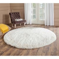 Safavieh Handmade South Beach Shag Snow White Polyester Rug - 6' x 6' Round