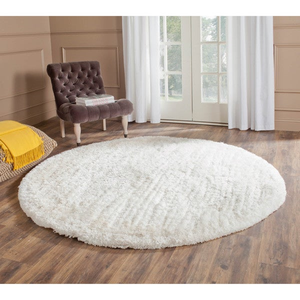 Safavieh Handmade South Beach Shag Snow White Polyester Rug (6' Round)