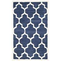 Safavieh Indoor/ Outdoor Amherst Navy/ Beige Rug - 2'6 x 4'