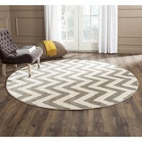 Safavieh Indoor/ Outdoor Amherst Dark Grey/ Beige Rug - 5' Round