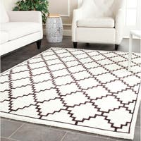 Safavieh Hand-knotted Moroccan Mosaic Beige/ Charcoal Wool/ Viscose Rug - 4' x 6'